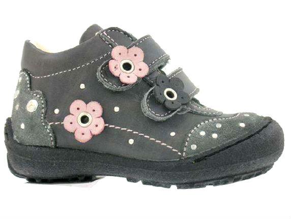1875e698bf07 Dievčenské prechodné topánky - Primigi - Maximino.sk